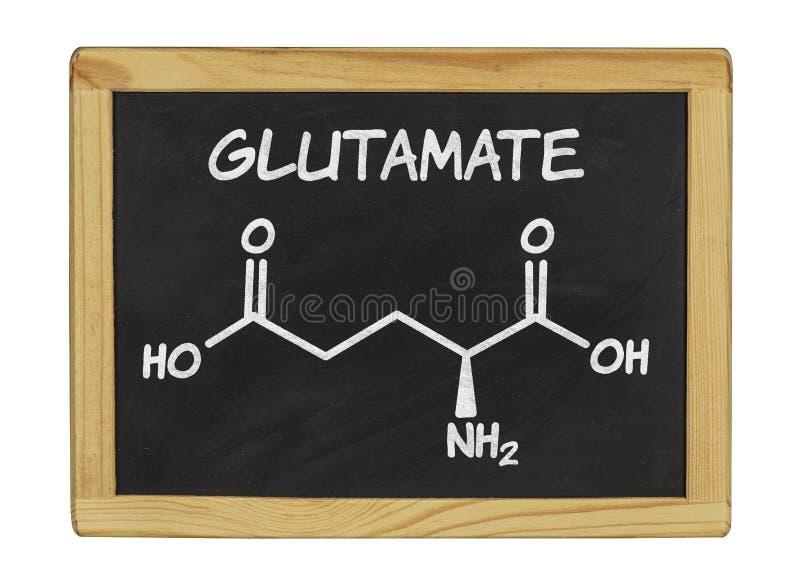 Fórmula química del glutamato en una pizarra foto de archivo