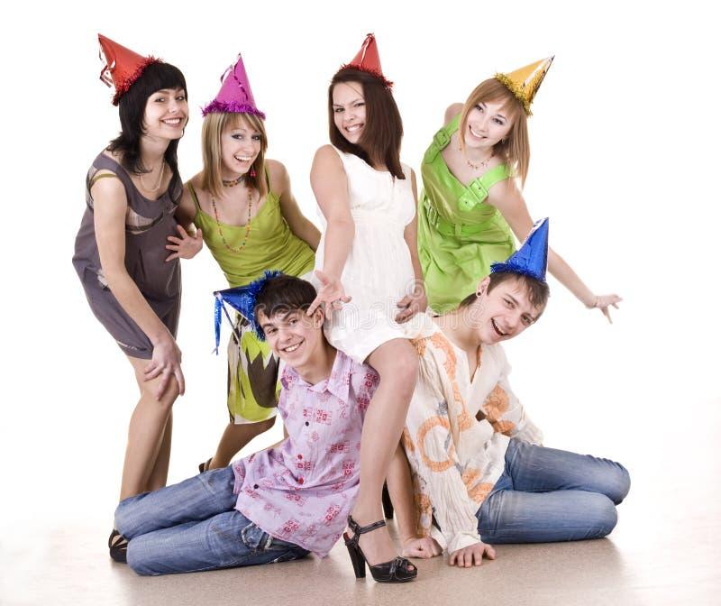 födelsedagen firar grupptonåringar arkivbild