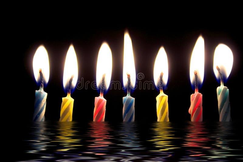 födelsedagstearinljus arkivfoton