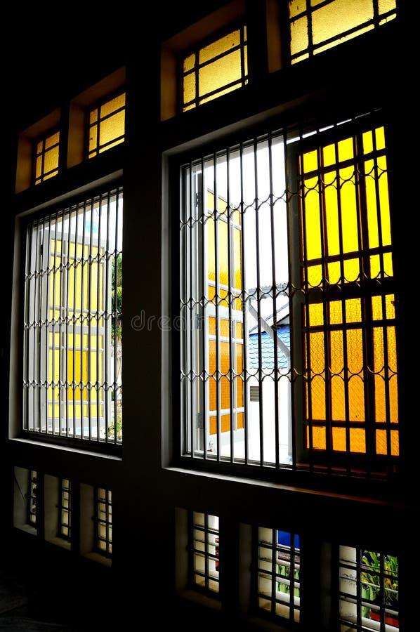 Fönster av Sultan Ibrahim Jamek Mosque på Muar, Johor arkivfoton