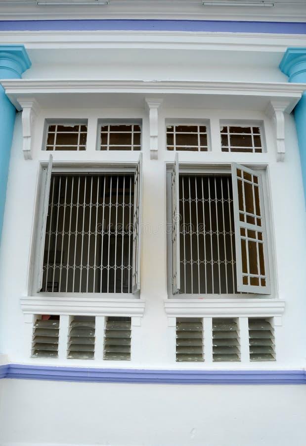 Fönster av Sultan Ibrahim Jamek Mosque på Muar, Johor arkivbilder
