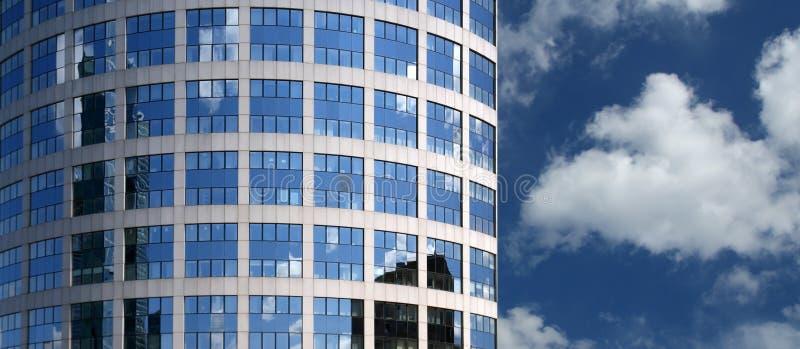fönster för kontor för byggnadsfacade glass royaltyfri fotografi