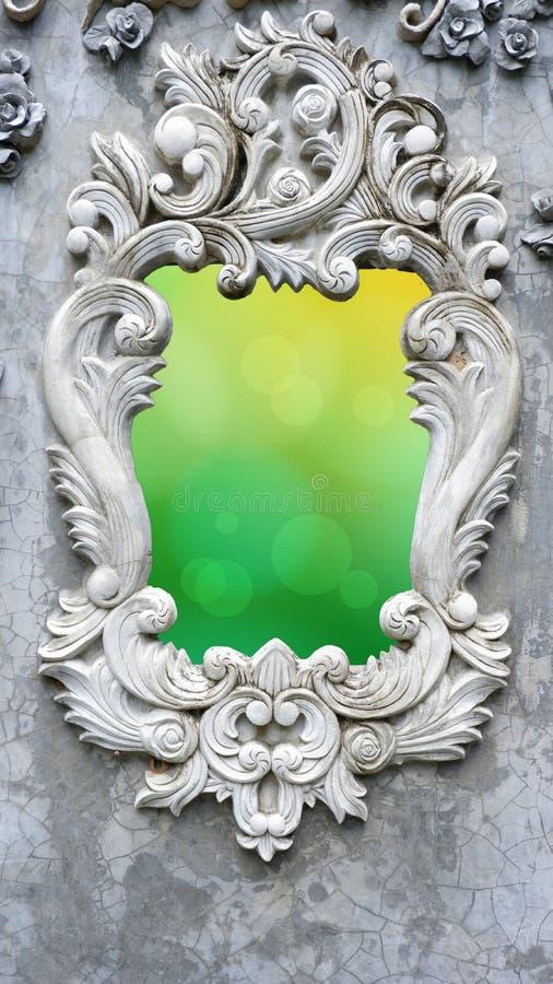 Fönster för romersk stil med bokehbakgrund royaltyfri foto