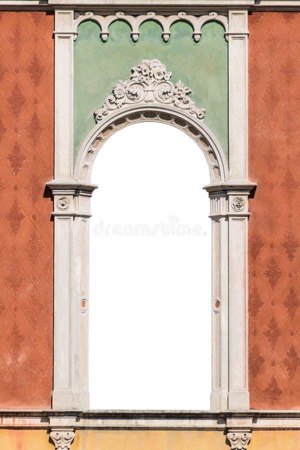 Fönster i Venetian gotisk isolerad stilvit royaltyfri fotografi