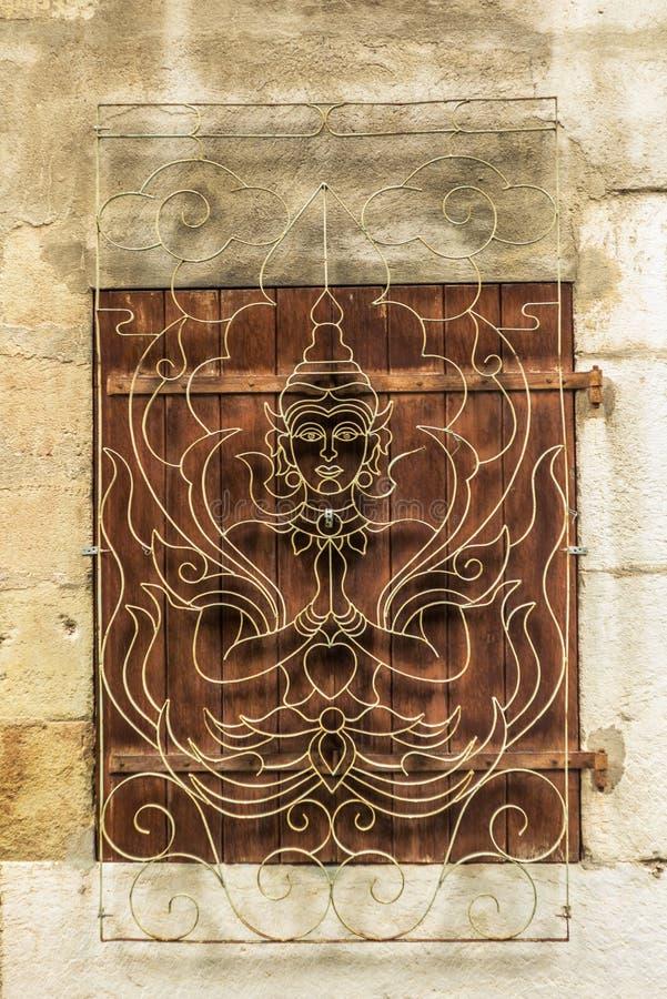 Fönster med hinduisk design i Genève royaltyfri foto