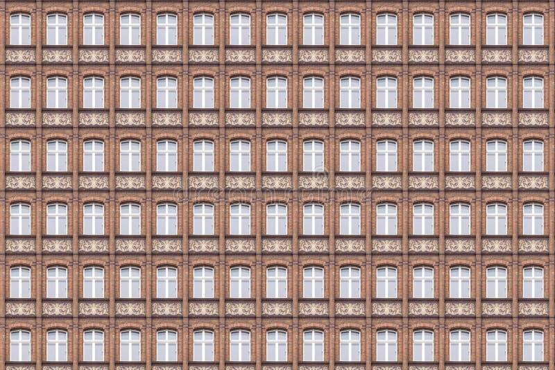 Fönstermodell av en gammal fasad arkivfoton