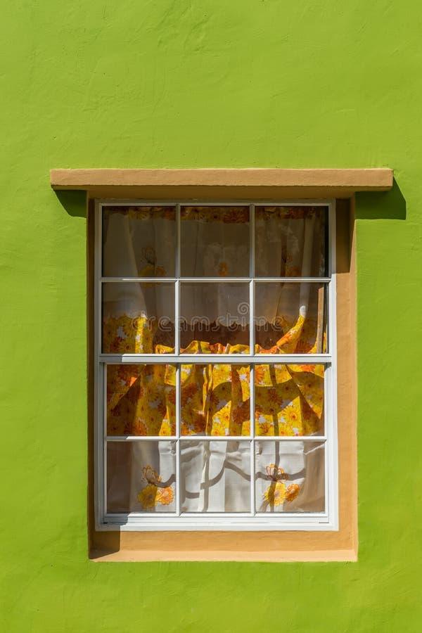 FönsterOtrobanda Curacao sikter arkivfoton