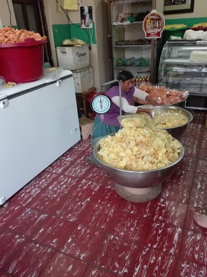 Förälskelsechipvikt Bolivia Sucre arkivbilder