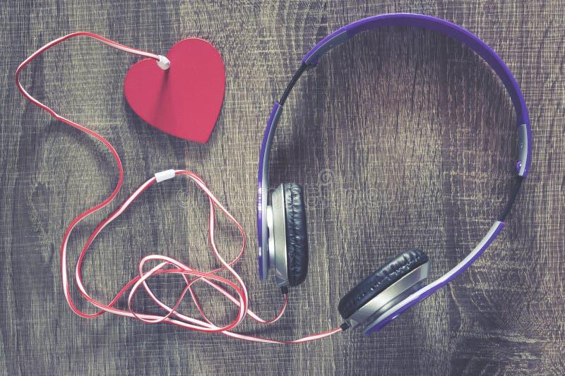 Förälskelsemusikbegrepp royaltyfri bild