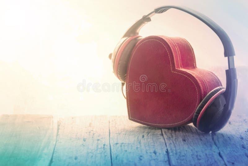 Förälskelsemusiktappning royaltyfri foto