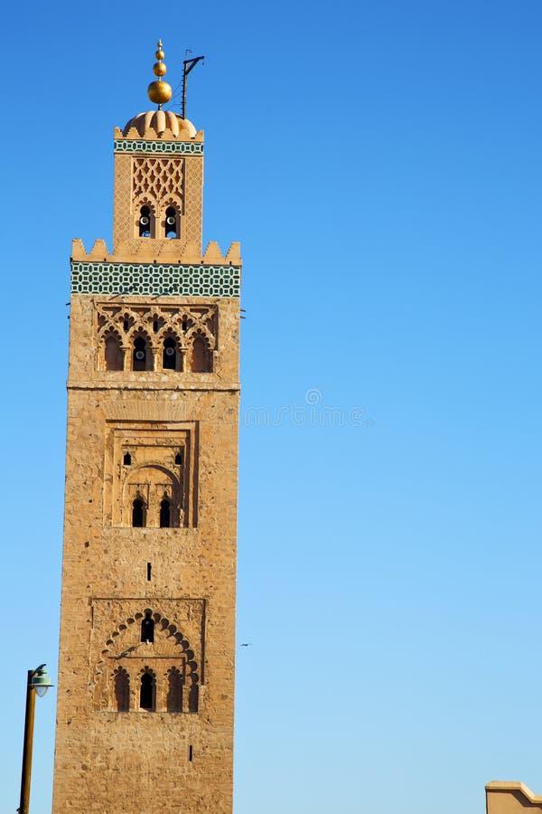 för africa för maroc för gatalampa religion och blåtten sk minaret arkivbilder