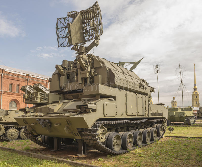 för anti--flygplan för maskin 9A330-Fighting (missilen 9M330) system missil fotografering för bildbyråer