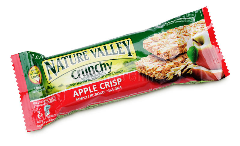För Apple för naturdal som frasig stång knaprig granola isoleras på vit royaltyfri fotografi