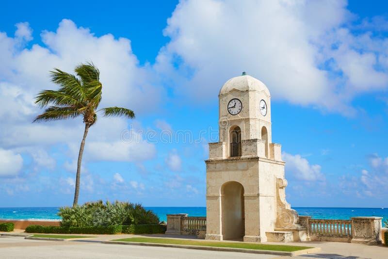För avenyklocka för Palm Beach värt torn Florida arkivbilder