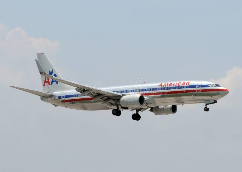 för boeing för 737 flygbolag amerikansk passagerare stråle royaltyfri fotografi