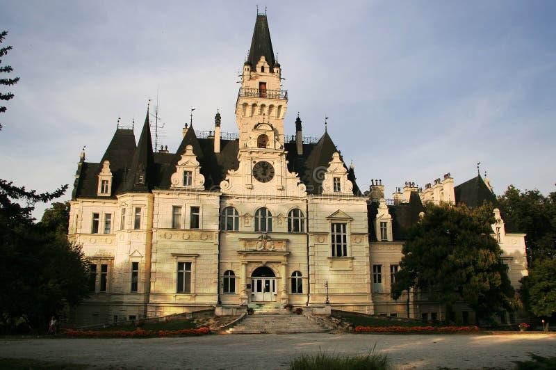 by för budmericeslottpark royaltyfri bild
