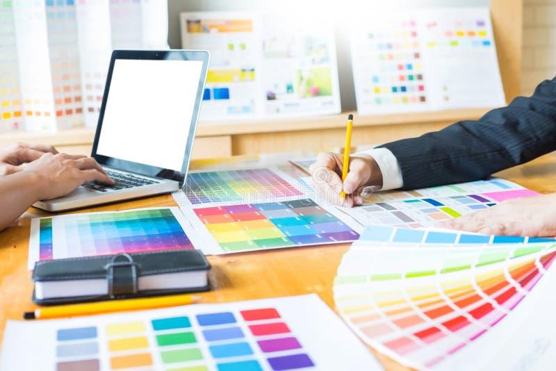 För desinerockupation för yrkesmässig idérik arkitekt grafiska choos arkivfoto