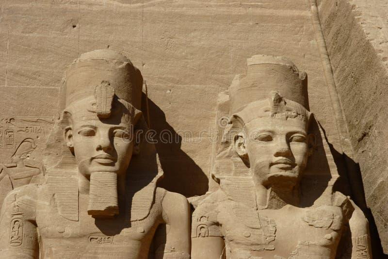 för detaljsimbel för abu kolossalt tempel för statyer royaltyfria foton