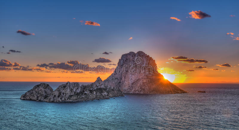 ¡ För Es Vedrà - Ibiza - vagga arkivfoton