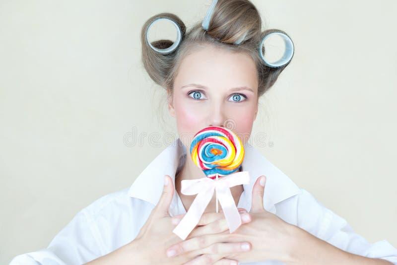 för färgrikt nätt övre flickastift för godis royaltyfri bild