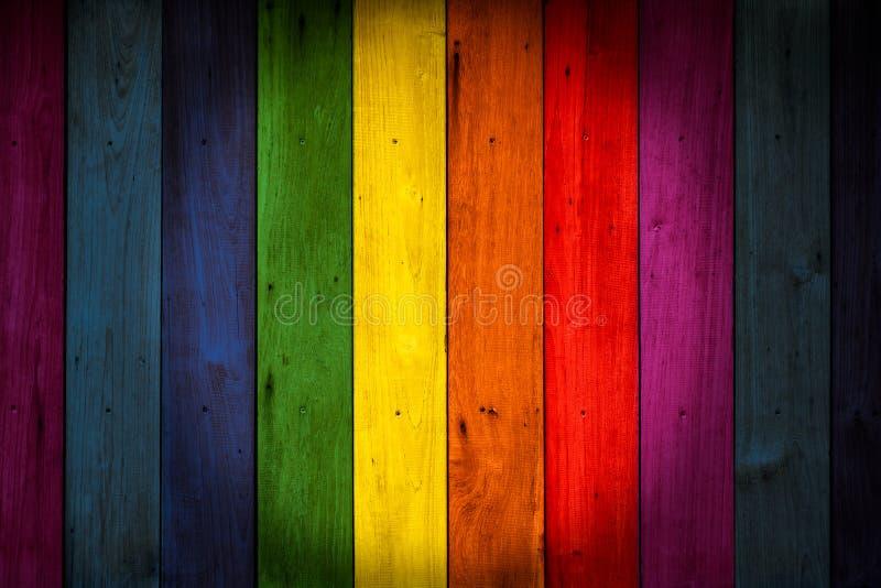 För färgträ för LGBT färgrik bakgrund royaltyfri fotografi
