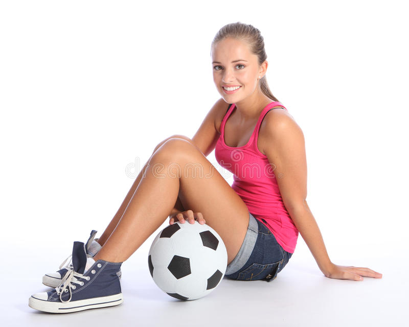 för flickafotboll för boll tonårs- härlig deltagare royaltyfria bilder