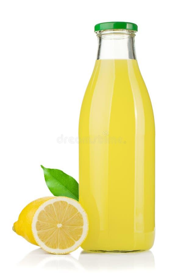 för fruktsaftcitron för flaska nya citroner royaltyfri fotografi