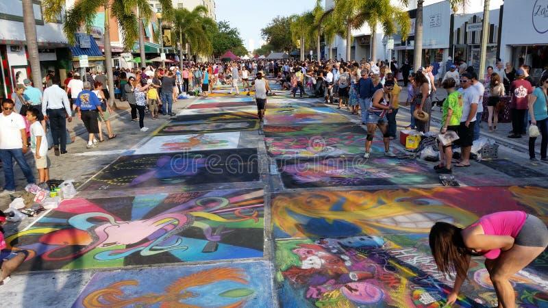 För gatamålning för sjö värd festival royaltyfria foton