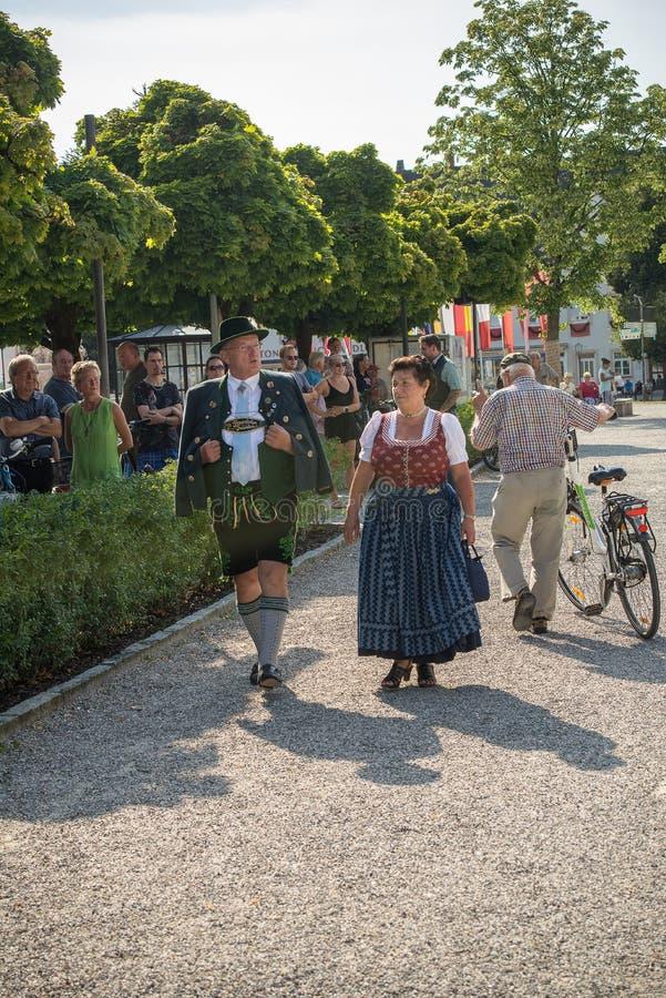 för Gautrachten för th 129 festival folklore arkivbilder