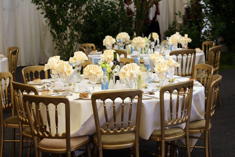 för gazebolunch för matställe elegant restaurang royaltyfri bild