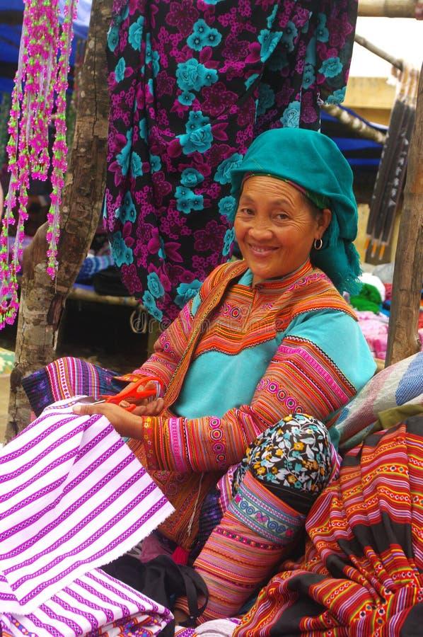 för hmongmai för chau blommig kvinna för region royaltyfri fotografi