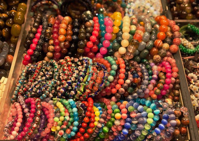 för Hong Kong för armband färgglad stand marknad s royaltyfria foton