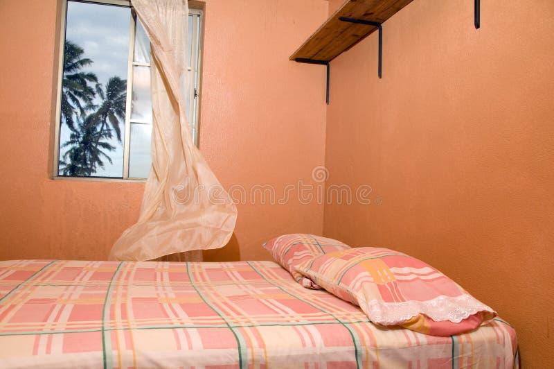 för husö för sovrum karibiska palmträd royaltyfria foton