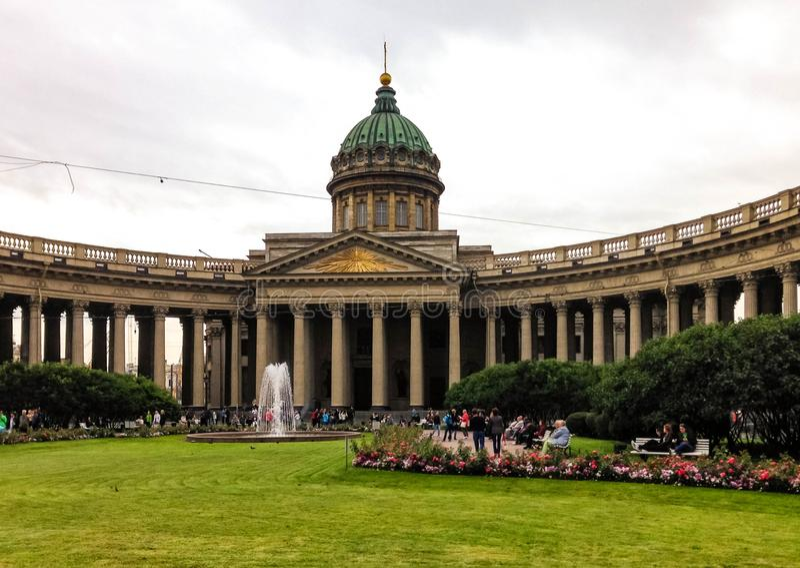 för kazan ortodox petersburg för domkyrka kyrklig st ryss royaltyfria foton