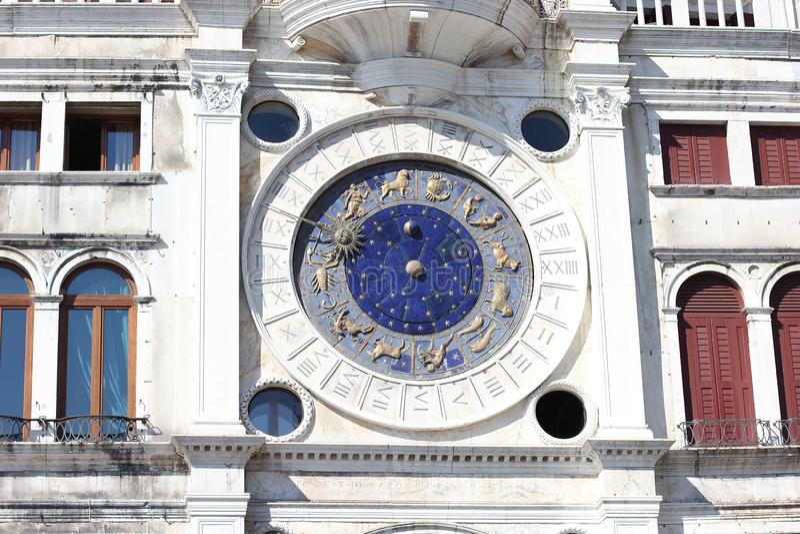 För klockatorn för zodiak astronomisk Torre dell Orologio på St Mark `, arkivbilder