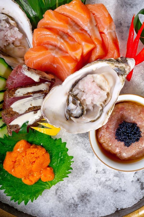 för kombinationssortiment för ny sushi 17363336 primat val royaltyfri bild