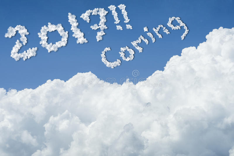 för landskapsky för härlig blå oklarhet fridsam tyst white solig dag cloudscape slut upp molnet text 2017 som kommer hopp till fr royaltyfri illustrationer