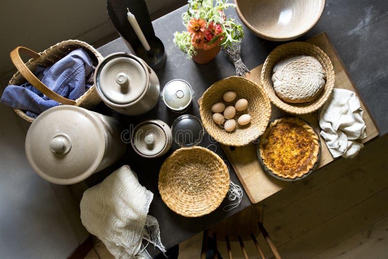 För lantgårdkök för gammalt land matlagning för mat för hem royaltyfri foto