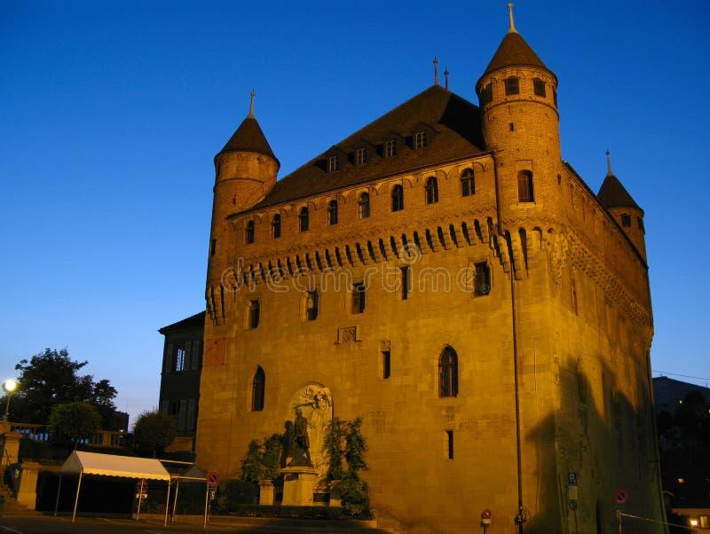 för lausanne för 02 chateau st switzerland för natt maire arkivfoton