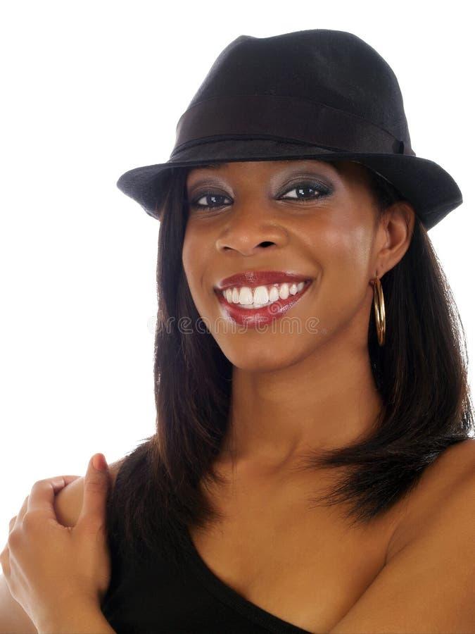 för leendekvinna för svart hatt barn royaltyfria bilder