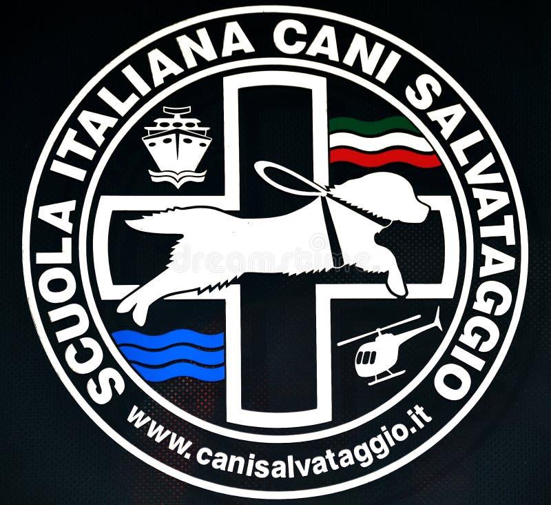 för logoräddningsaktion för hundar italiensk skola royaltyfri foto