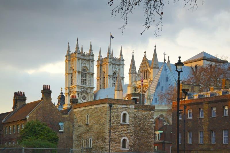 för london för abbey tillbaka sikt westminster gata arkivbild