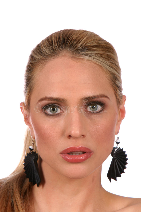 för lookportra för uppmärksama härliga blonda ögon grå kvinna royaltyfri bild