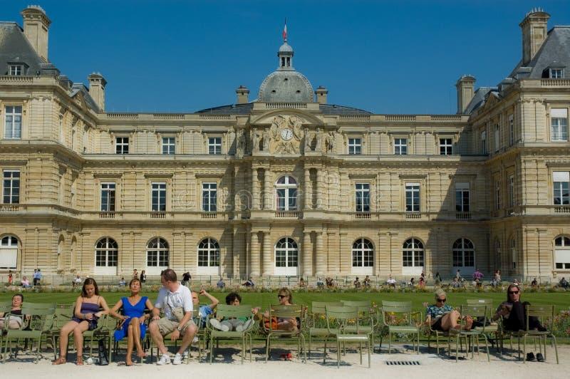 för luxembourg för familjer främre vila slott arkivfoton