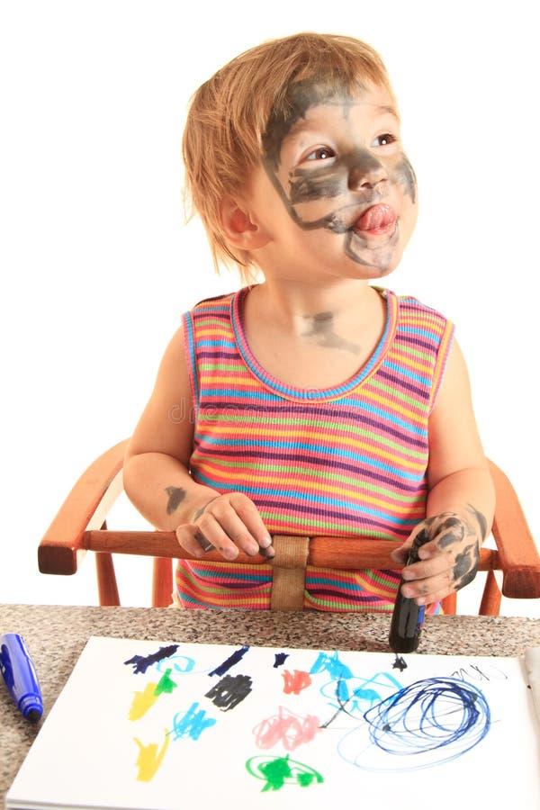 för målarfärgpapper för flicka lyckligt barn royaltyfri foto