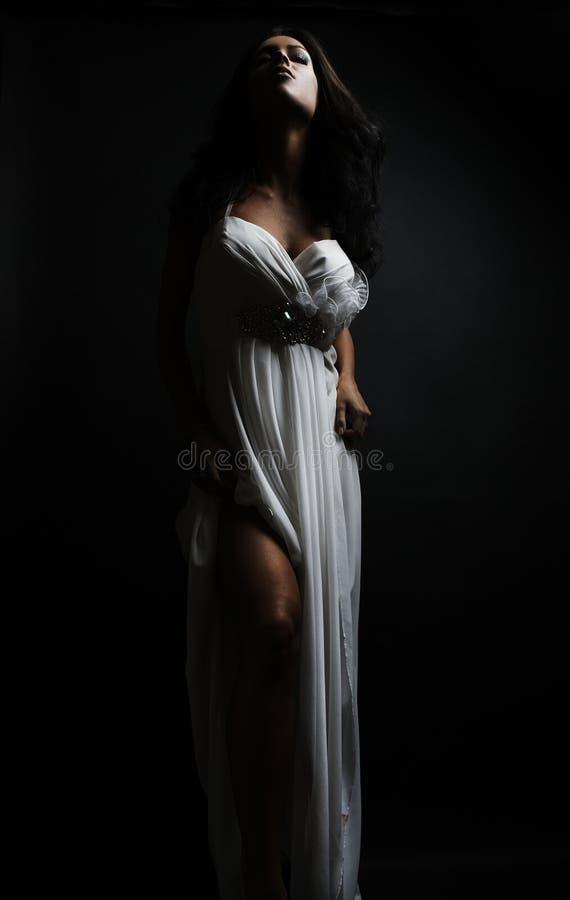 för modefoto för konst härlig kvinna royaltyfria bilder