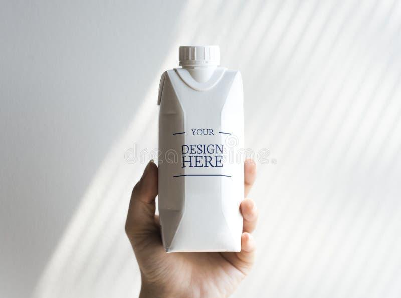 För modellbakgrund för pappers- flaska märke arkivbilder