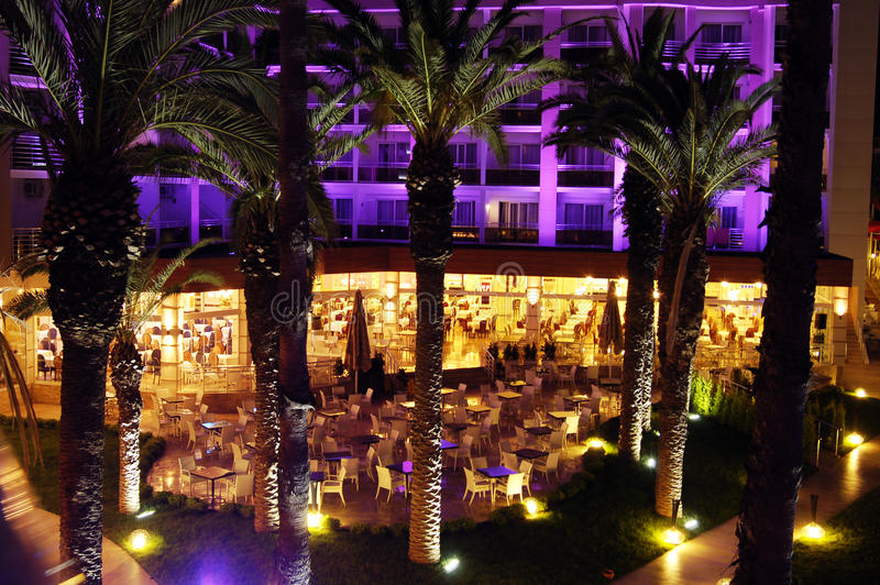 för nattbrunnsort för hotell lyxig sikt arkivbild