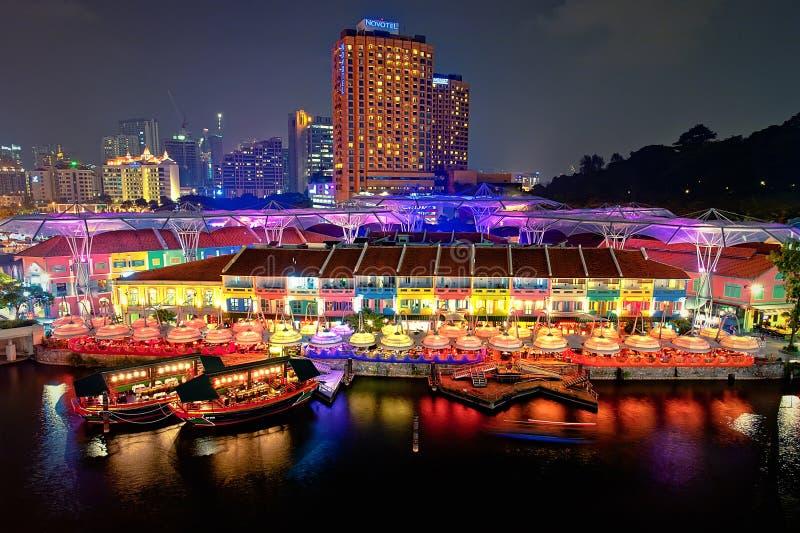 för nattkaj för 0727 clarke flod singapore arkivfoton
