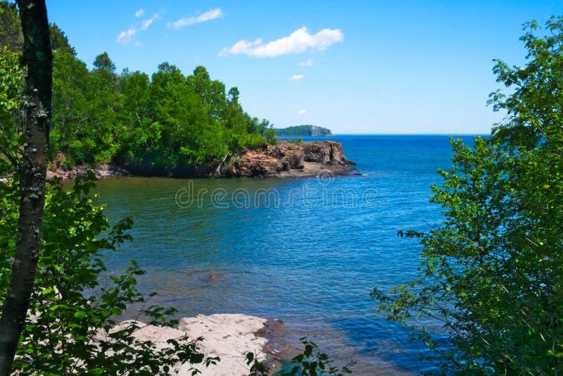 för ontario Kanada för stor lake nationell nordlig superior för kust för pukaskwa park nord av Duluth, Minnesota royaltyfria foton